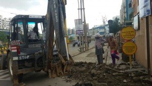IMG-20160714-WA001 Repairing Work of BRTS footpath at Govind Yashda Chowk in full swing | Repairing Work of BRTS footpath at Govind Yashda Chowk in full swing