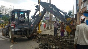 IMG-20160714-WA002 Repairing Work of BRTS footpath at Govind Yashda Chowk in full swing | Repairing Work of BRTS footpath at Govind Yashda Chowk in full swing