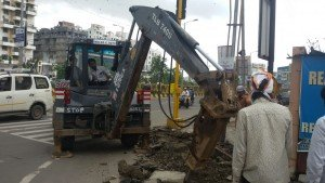 IMG-20160714-WA003 Repairing Work of BRTS footpath at Govind Yashda Chowk in full swing | Repairing Work of BRTS footpath at Govind Yashda Chowk in full swing